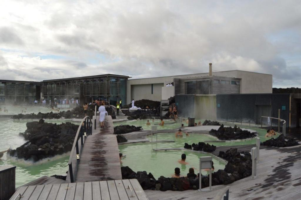 Iceland Reykjavík Food Restaurants Blue Lagoon dirndl kitchen German food blog
