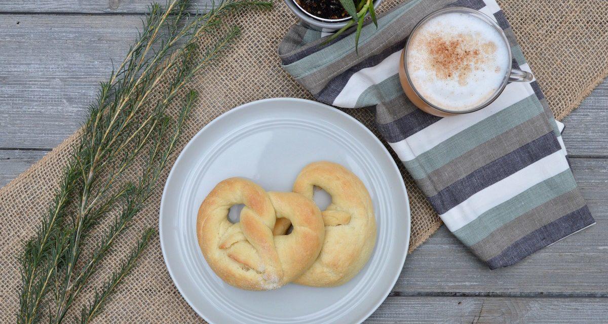 Martinsbrezeln: Traditional Sweet German Pretzels
